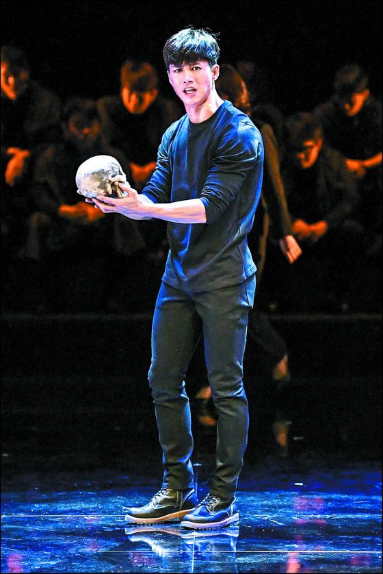 오종혁이 출연하는 연극 '함익'은 세종문화회관 M씨어터에서 12일부터 28일까지 공연된다. [사진 서울시극단]