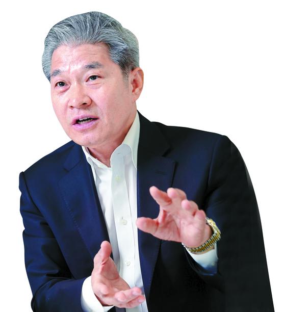 에셋플러스 강방천 회장.