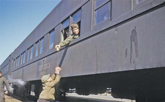 65년 만에 빛 본 한국전쟁 사진