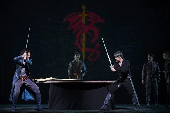 뮤지컬 '엑스칼리버'는 세종문화회관에서 8월 4일까지 공연된다. [사진 EMK뮤지컬컴퍼니]