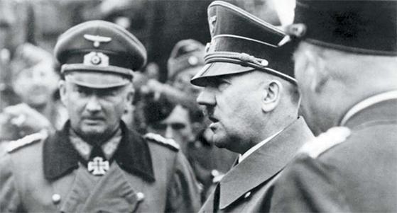 나치 독일에도 정경유착이 있었다. 지금도 건재한 기업들이 나치에 협력했다. 당시 히틀러의 모습. [사진 Bundesarchiv]