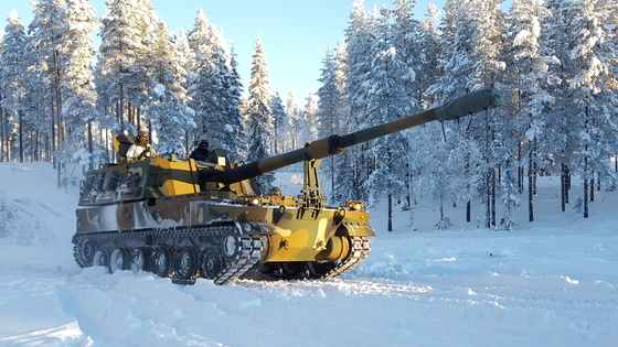 2016년 1월 노르웨이 레나 육군기지에서 K-9 자주포가 시험평가를 받고 있다. [사진 한화지상방산]