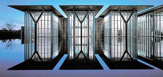 안도 다다오가 2002년 미국 텍사스주 포트워스에 세운 '포트워스 현대미술관'. [중앙포토]