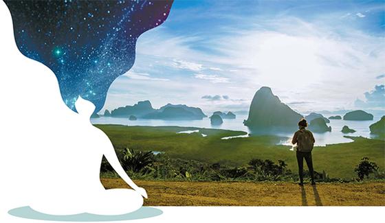 여행만큼 좋은 휴식은 없다. 마음챙김 명상은 자신의 내면을 탐사하는 일종의 여행이자 휴식의 기술이다. 풍광이 좋은 곳을 찾아 떠난 여행객이 자연을 감상하고 있다. [게티이미지뱅크]