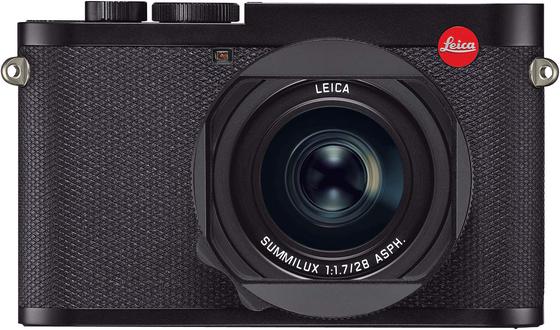 라이카의 베스트셀링 모델인 프리미엄 풀프레임 컴팩트 카메라 Q2. 고화소 풀프레임 센서와 주미룩스 28mm f/1.7 ASPH 렌즈를 탑재했다. 빠른 조리개 값은 어떠한 상황에서도 최고의 이미지를 구현한다.