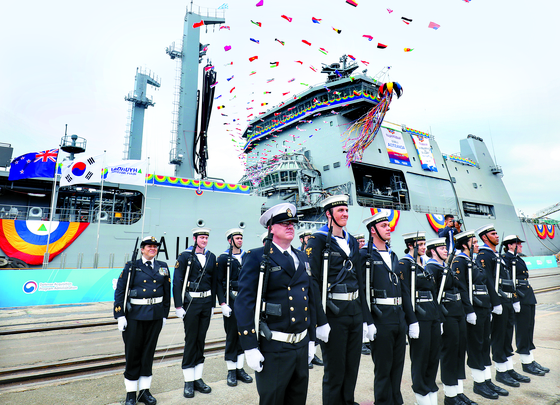 현대중공업이 만든 뉴질랜드 최대 군함