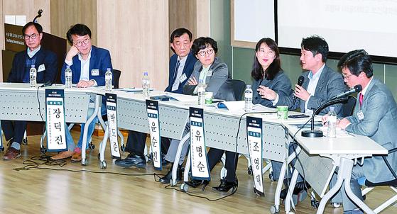 지난 11일 서울대학교 국가전략위원회는 '인구위기'를 주제로 SNU 국가정책포럼을 열었다. 노동·환경·과학기술· 의료 등 각 분야 전문가가 참석해 토론을 벌였다. 김경빈 선임기자