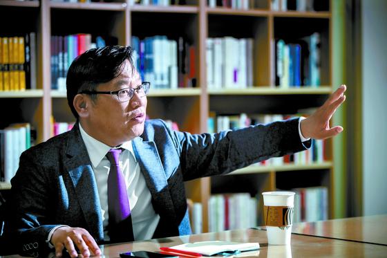 박시영 대표는 총선이 낳은 또 한 명의 스타다. 그는 개표방송에서도 초박빙 지역의 승부를 정확히 예측해 화제를 모았다. 박종근 기자