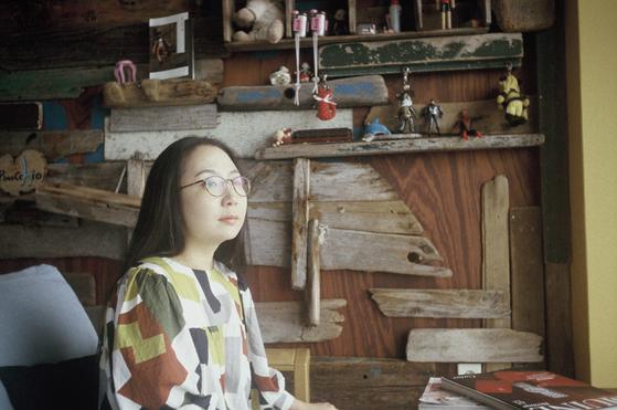 판타지와 청소년이라는 두 무기를 앞세워 폭넓은 사랑을 받는 소설가 구병모.