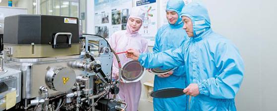 주문식 교육과정을 통해 대기업에 취업하는 전문대 졸업생이 늘고 있다. [영진전문대]