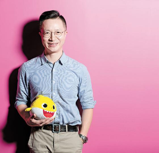 '아기상어 아빠'로 통하는 이승규 부사장은 스마트스터디 전체 매출의 80%를 차지하는 해외사업 개발을 총괄하고 있다. 김현동 기자