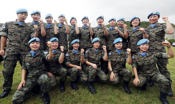 2018년 8월 21일 동명부대 21진이 레바논 남부 티르지역으로 파병됐다. 여군 20명이 포함 된 이 부대는 현지에서 유엔 평화유지 활동 임무를 수행했다. [연합뉴스]
