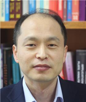 국민대 홍기증 교수