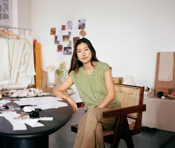 한국인 패션 디자이너 레지나 표.