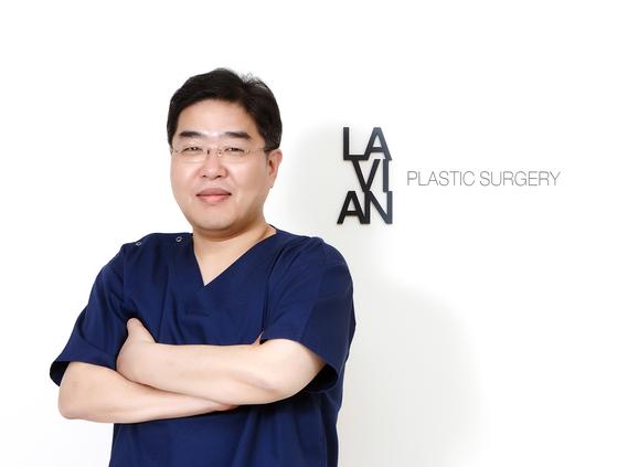 라비앙성형외과의원 조용기 원장