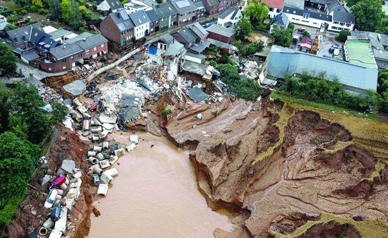 서유럽 100년 만의 폭우, 1100여 명 사망·실종