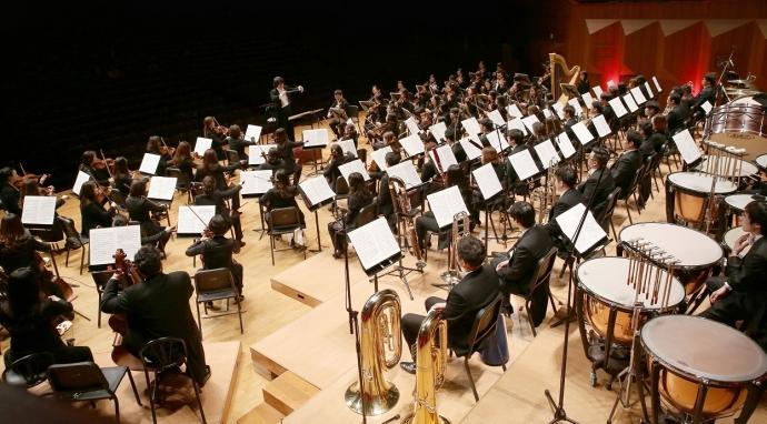 과천시립교향악단이 오는 3월8일 오후 7시 30분 과천시민회관 대극장에서 '제57회 정기연주회'를 개최한다. 사진=과천시립예술단