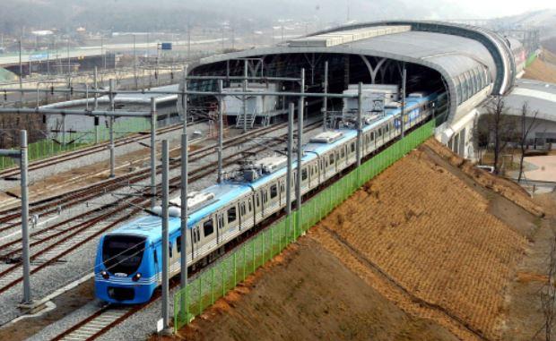 인천공항철도 10년 만에 완전개통