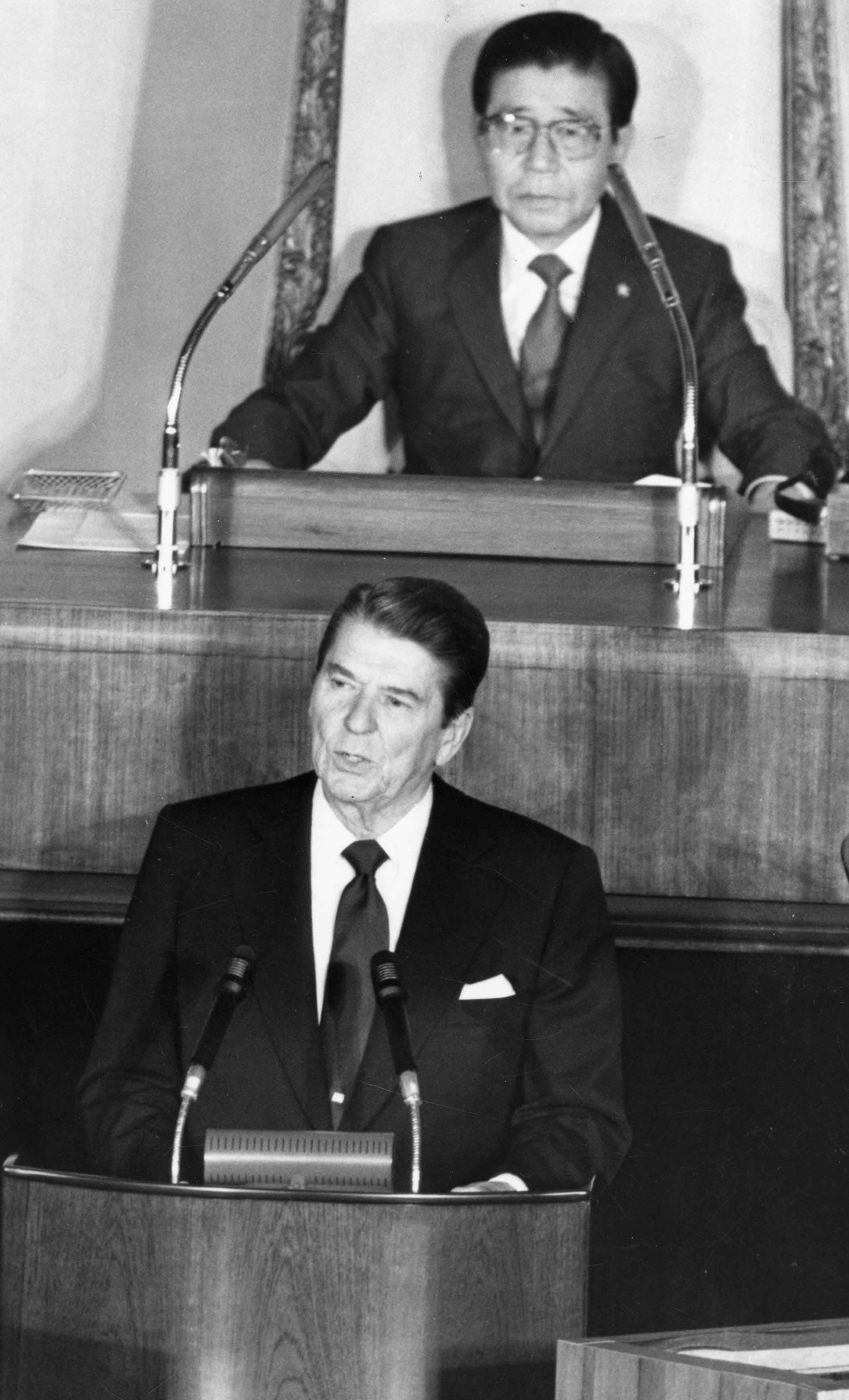 로널드 레이건 공화당 후보 미국 제40대 대통령 당선