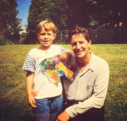 샘슨(왼쪽)과 생전의 아버지가 함께 찍은 사진.