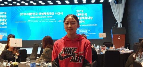 인터뷰하는 '육상 샛별' 양예빈
