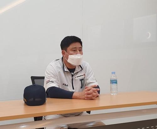 두산 베어스 김태형 감독