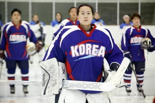 한국 여자 아이스하키 대표팀 골리로 활약하던 당시의 신소정